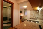 Apartmaji-sobe