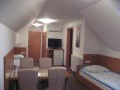 Apartmaji in Sobe - RaMar